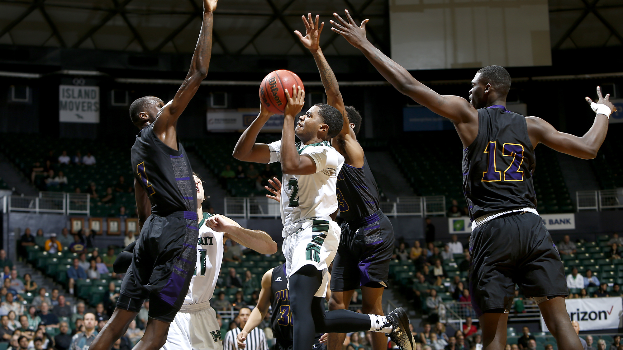 Men's Basketball Seeks Third Straight Win Against UCSB - University