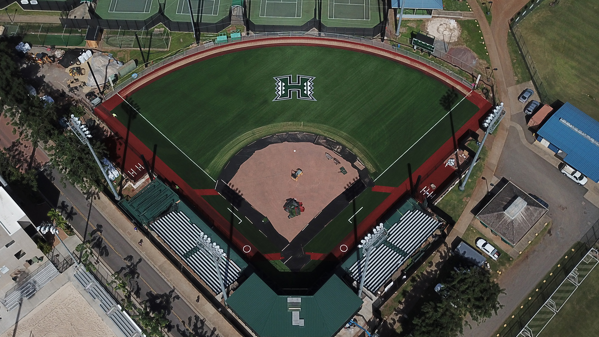 Softball Holds First Practice At Newly Renovated Rainbow Wahine ...