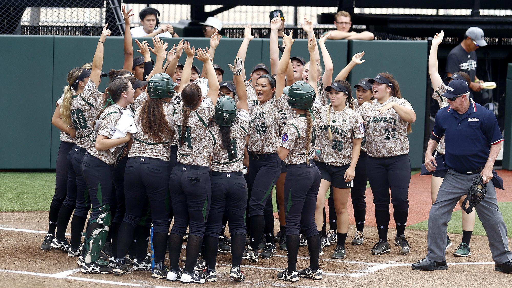 Softball Releases 2019 Schedule - University of Hawai'i at